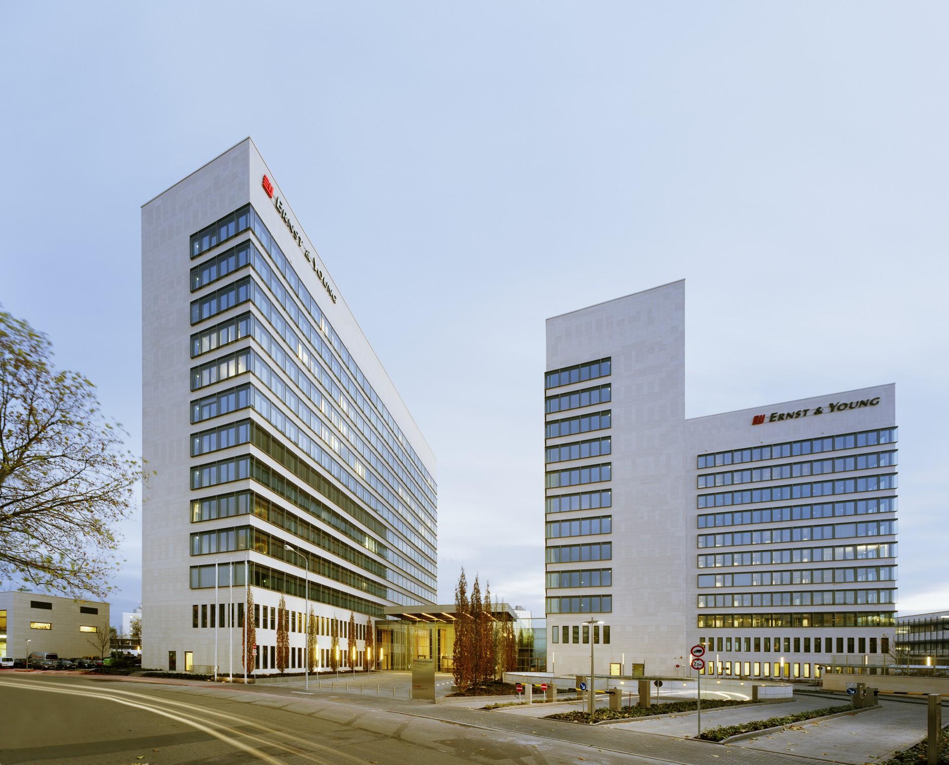 Eschborn plaza eschborn references detail hofmann - Architekturburo frankfurt ...